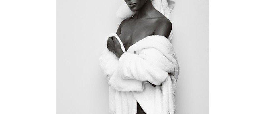 Mulheres incríveis usando toalhas fofas